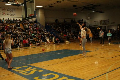 Seniors beat the Sophomores is a class competition during the assembly